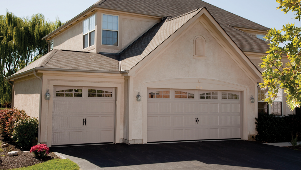 Haas 2400/2500 Series Residential Garage Door